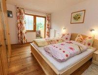 bergblick-schlafzimmer.jpg