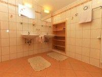 ferienwohnung-saalfelden-badezimmer.jpg